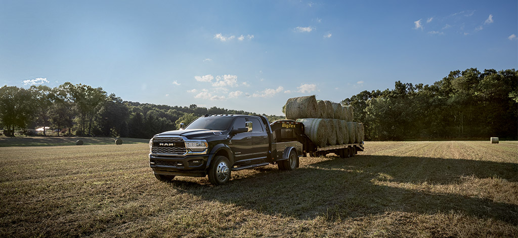 RAM 3500 with hay trailer